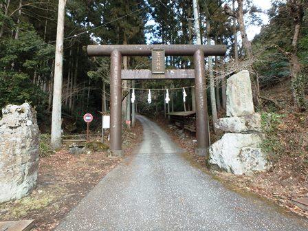 A02P神社入口.jpg